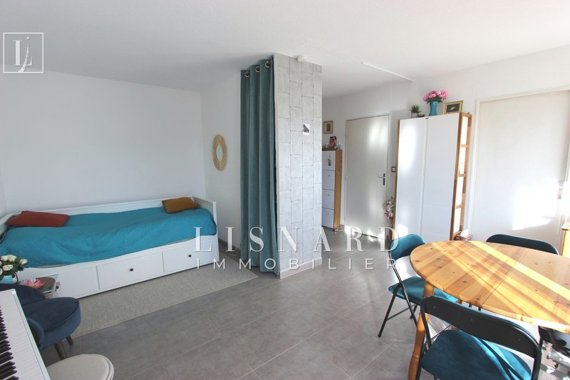 appartement  studio  Vallauris   32 m² -