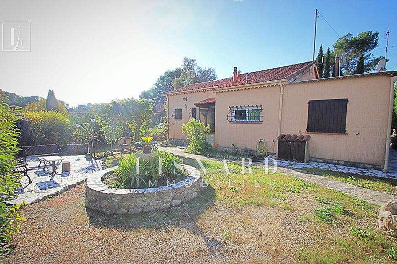 Villa Vallauris   to buy villa  3 bedrooms   100 m²