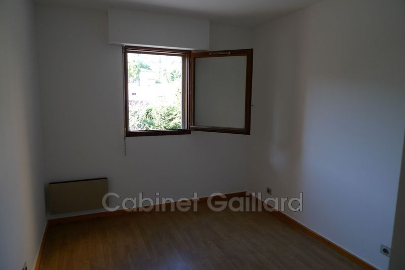 Photo n°2 - Location appartement Peymeinade 06530 - 640 €