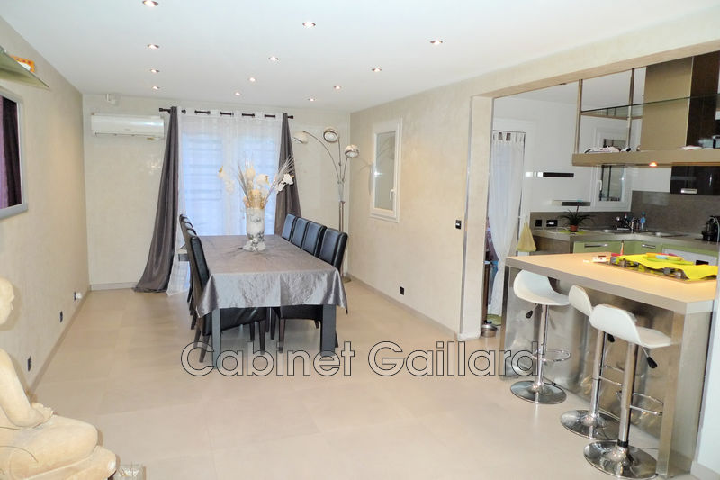 Photo House Peymeinade Centre-ville,   to buy house  3 bedroom   136 m²