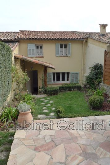 Photo n°1 - Vente maison de village Peymeinade 06530 - 265 000 €
