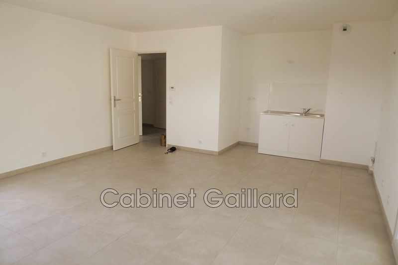 Photo Apartment Peymeinade Centre-ville,   to buy apartment  3 room   66 m²