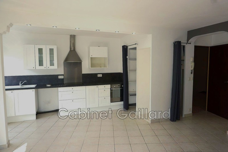 Photo n°2 - Vente appartement Peymeinade 06530 - 167 000 €