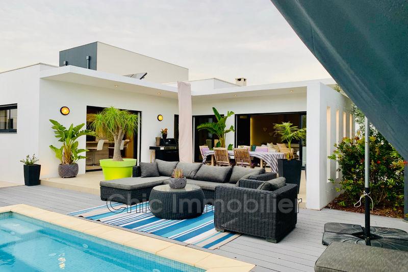 Photo Villa Saint-Cyprien   achat villa  4 chambres   170m²