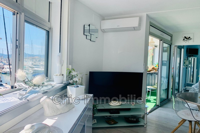 Photo Appartement Saint-Cyprien Port,   to buy appartement  3 rooms   46 m²