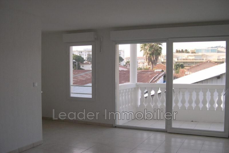 appartement  2 rooms  Golfe-Juan Downtown  40 m² -