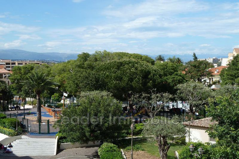 appartement  3 rooms  Antibes Old antibes  80 m² -