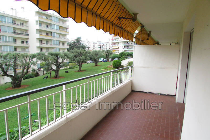 appartement  3 rooms  Antibes Heights  65 m² -