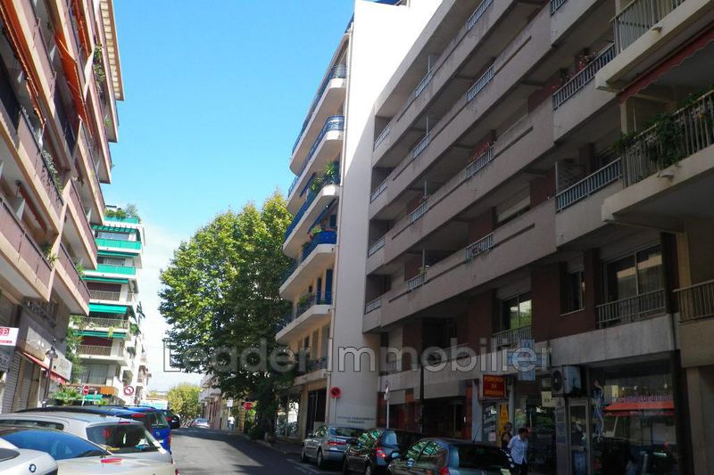 appartement  2 rooms  Antibes Downtown  39 m² -