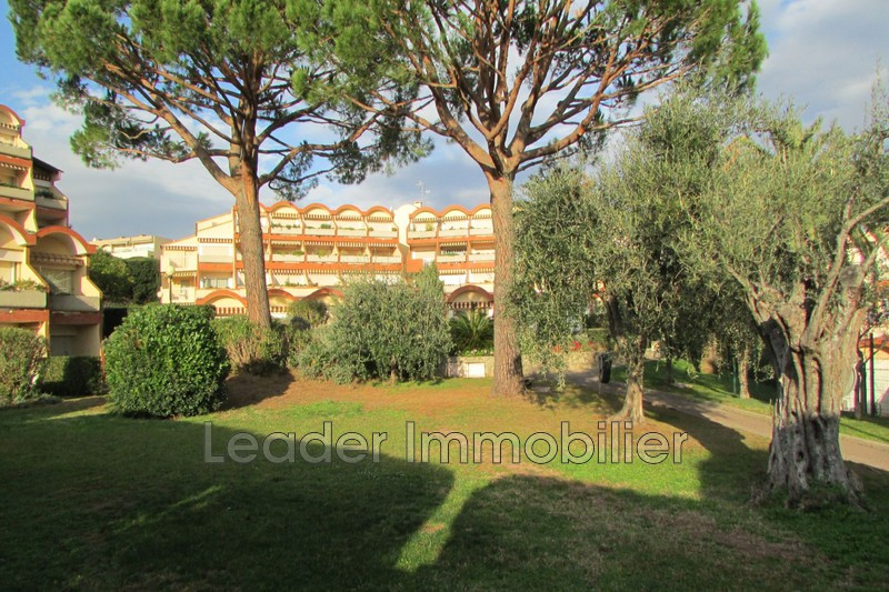 appartement  1 room  Antibes Fontonne  28 m² -