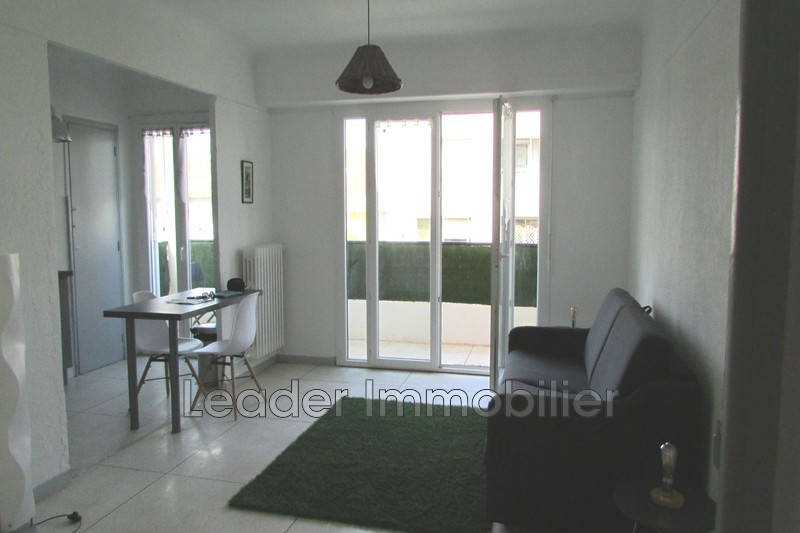 appartement  1 room  Antibes Downtown  32 m² -