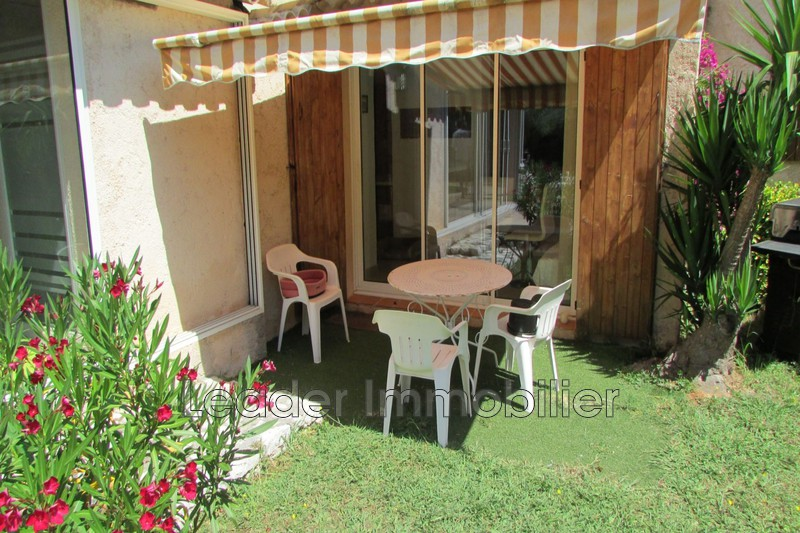 appartement  1 room  Antibes   27 m² -
