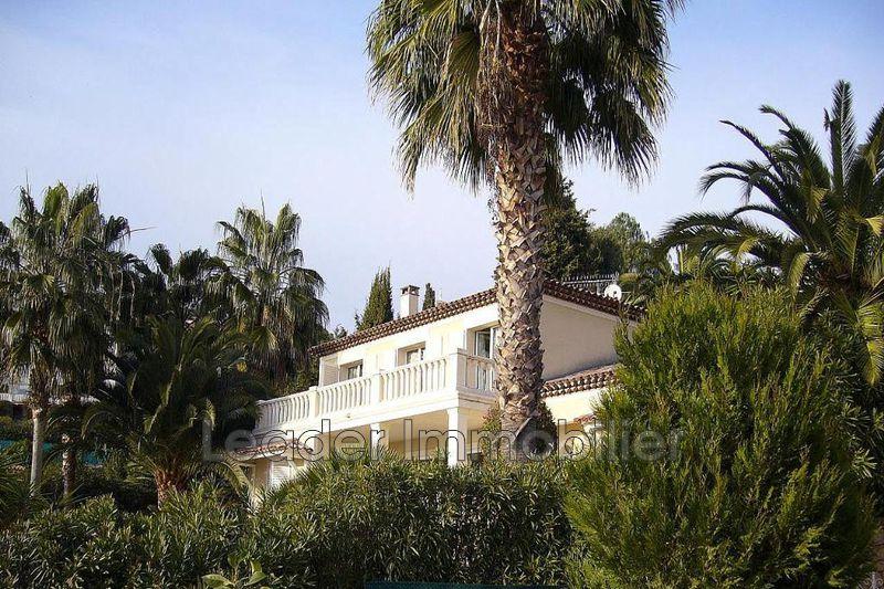 maison  6 pièces  Vallauris   220m² -