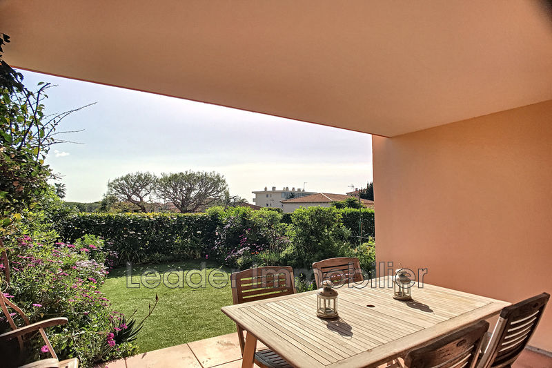 Photo Appartement Antibes Fontonne,   achat appartement  3 pièces   74 m²