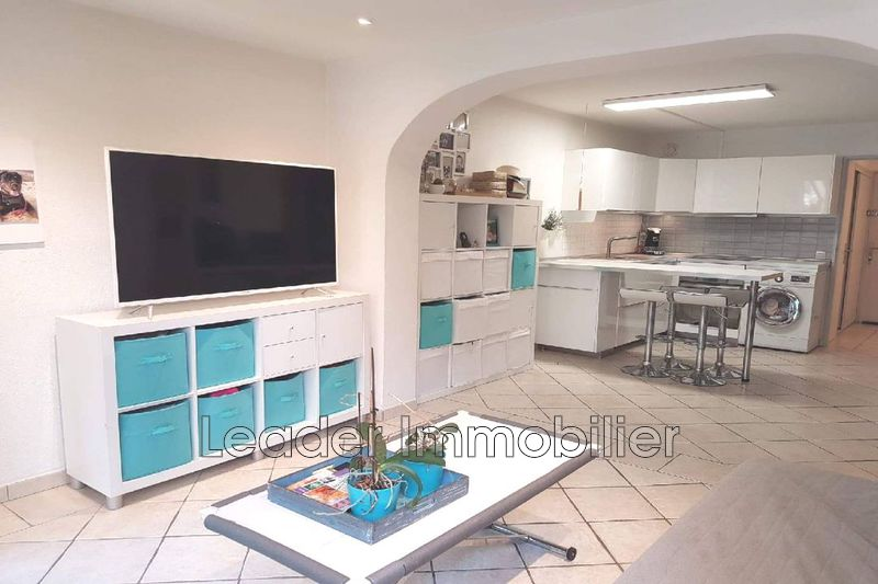 Photo n°1 - Vente appartement Golfe-Juan 06220 - 159 500 €