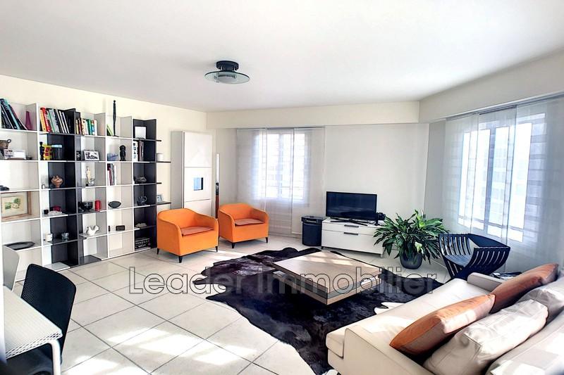 appartement  4 pièces  Juan-les-Pins Rostagne  104m² -