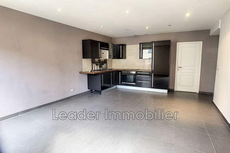 appartement  2 pièces  Vallauris   42m² -