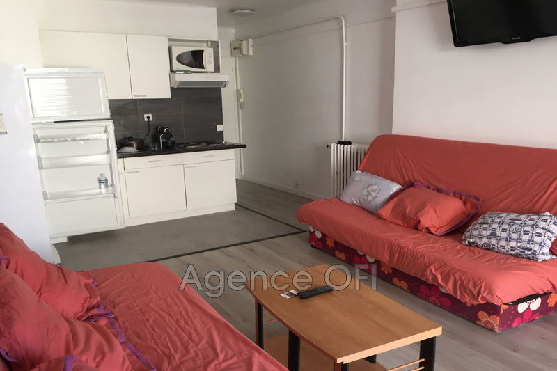 Photo Apartment Juan-les-Pins Centre-ville,   to buy apartment  2 room   34 m²