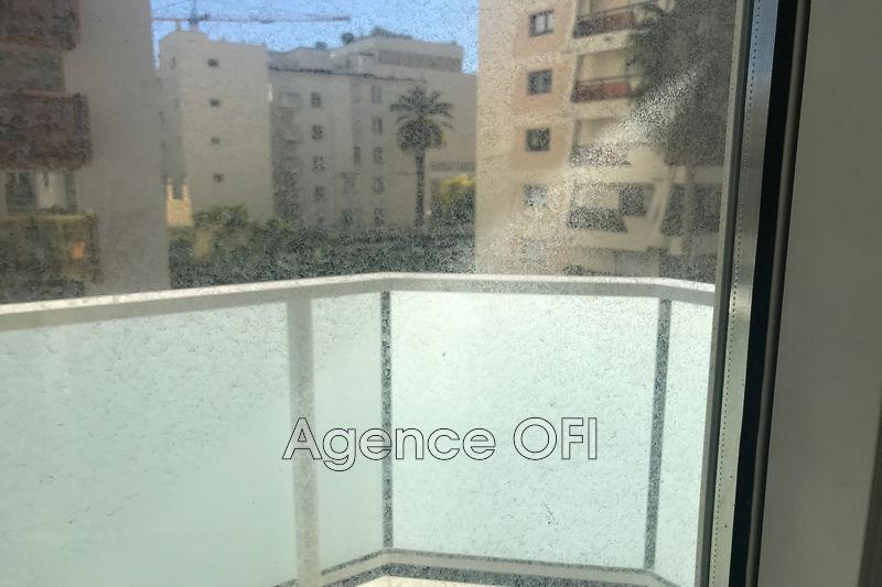 Photo n°3 - Vente appartement Juan-les-Pins 06160 - 240 000 €