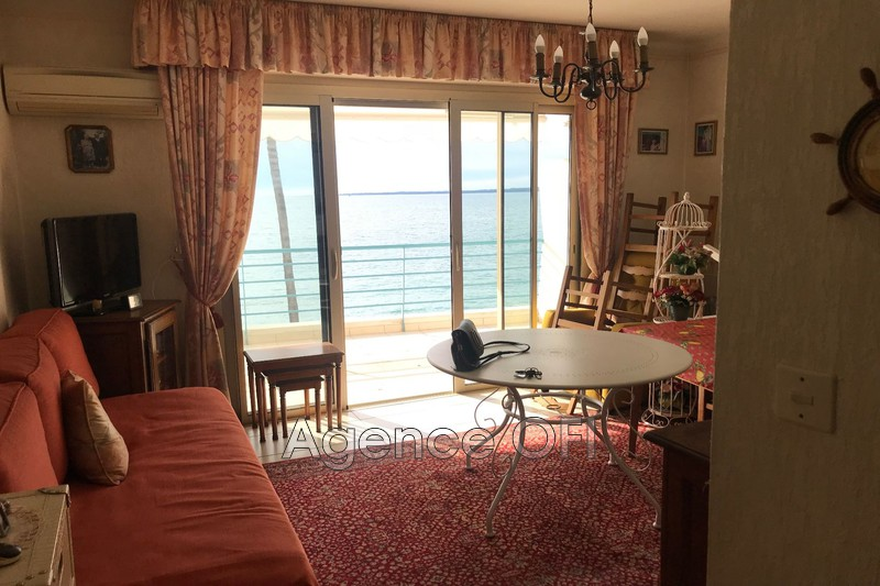 Photo n°1 - Vente appartement Juan-les-Pins 06160 - 269 000 €