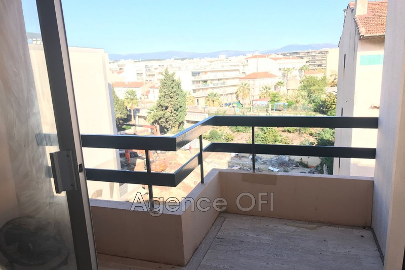 Photo n°1 - Vente appartement Juan-les-Pins 06160 - 129 000 €