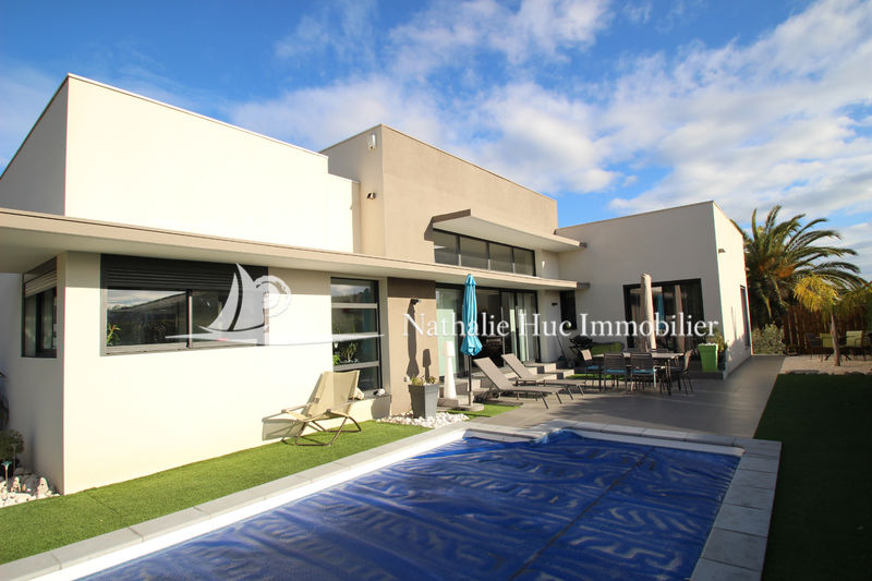 Photo Maison contemporaine Canet-en-Roussillon   achat maison contemporaine  3 chambres   122 m²