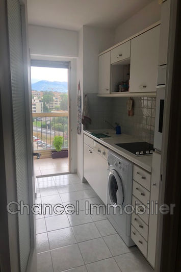 Photo n°2 - Location appartement Antibes 06600 - 710 €
