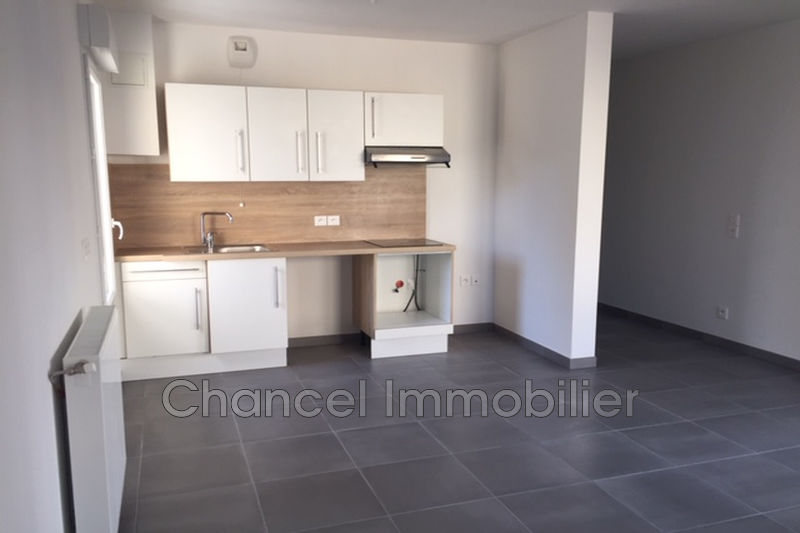 appartement  2 rooms  Juan-les-Pins Downtown  46m² -