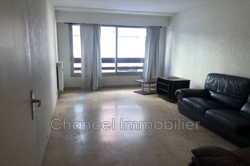 appartement  2 rooms  Antibes Downtown  42 m² -