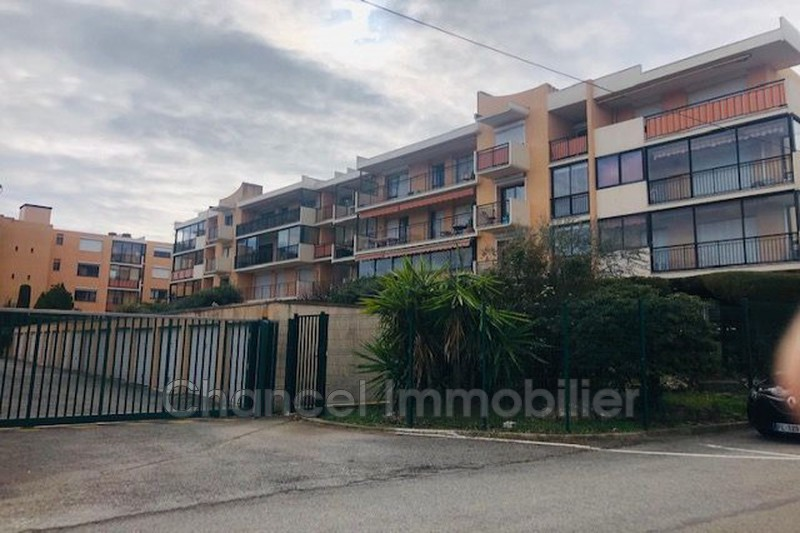 Photo Appartement Antibes Val claret,  Location appartement  3 pièces   66 m²