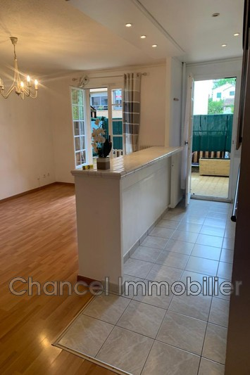Photo n°2 - Location appartement Vallauris 06220 - 990 €