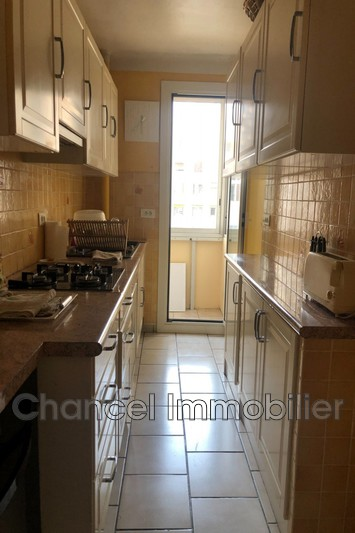 appartement  3 rooms  Antibes Cantre ville  70m² -