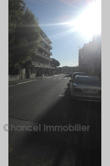 locauxlocation  Antibes Centre-ville  100 m² -