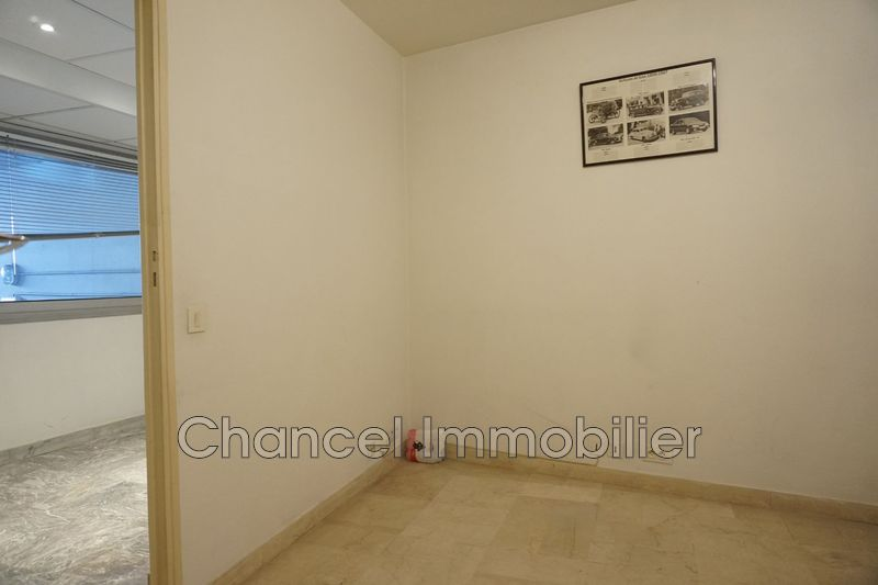 Photo Bureau Antibes  Occupational bureau   21 m²