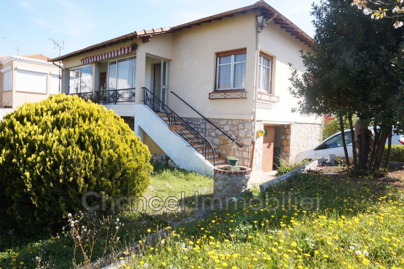 Photo Villa Juan-les-Pins Tramontane,   achat villa  4 chambres   150m²