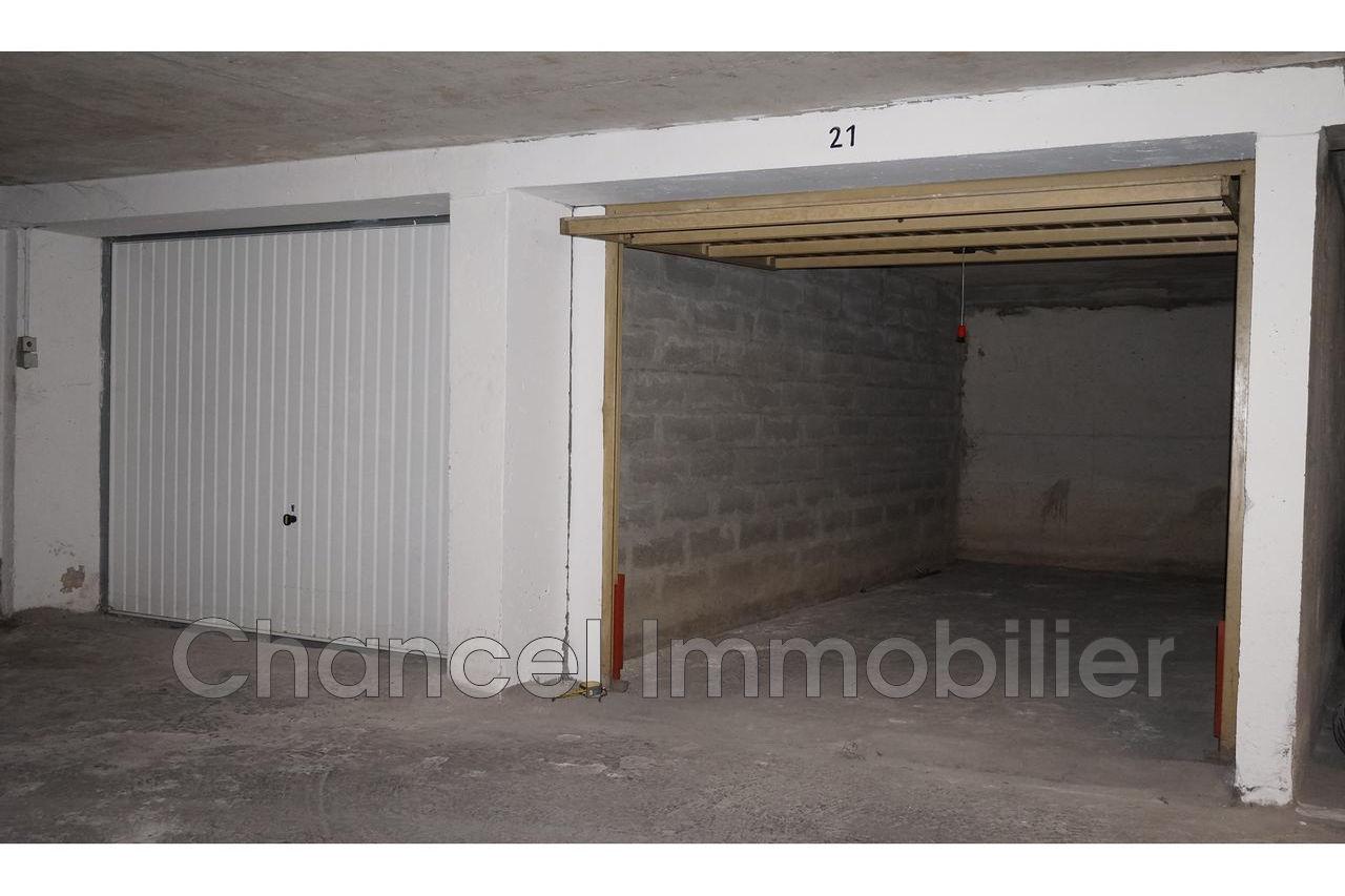 Vente garage juan les pins 06160 20 000 for Garage ad le pin