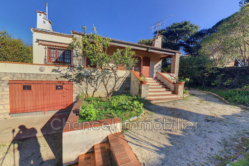 Photo Villa Juan-les-Pins Bord de mer,   to buy villa  3 bedroom   100 m²