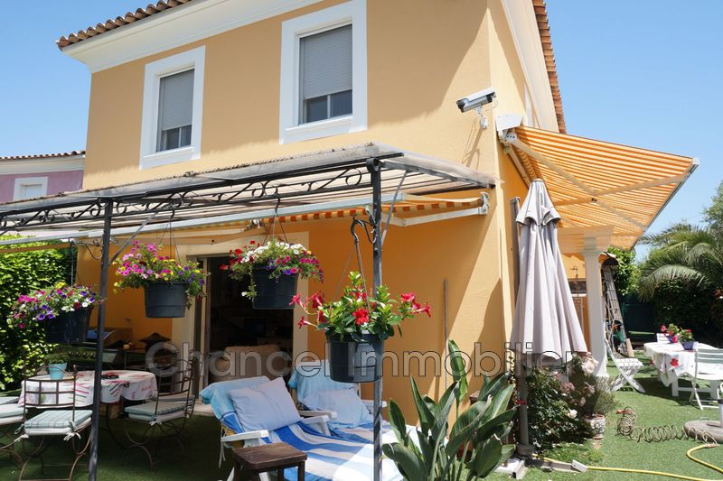 Villa Juan-les-Pins Tramontane,   to buy villa  4 bedroom   104 m²