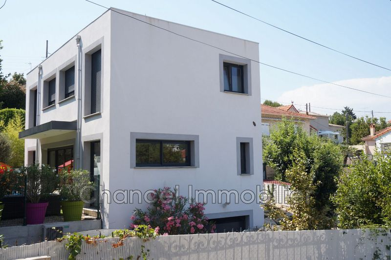 Photo Villa Antibes Proche centre,   to buy villa  3 bedroom   99m²