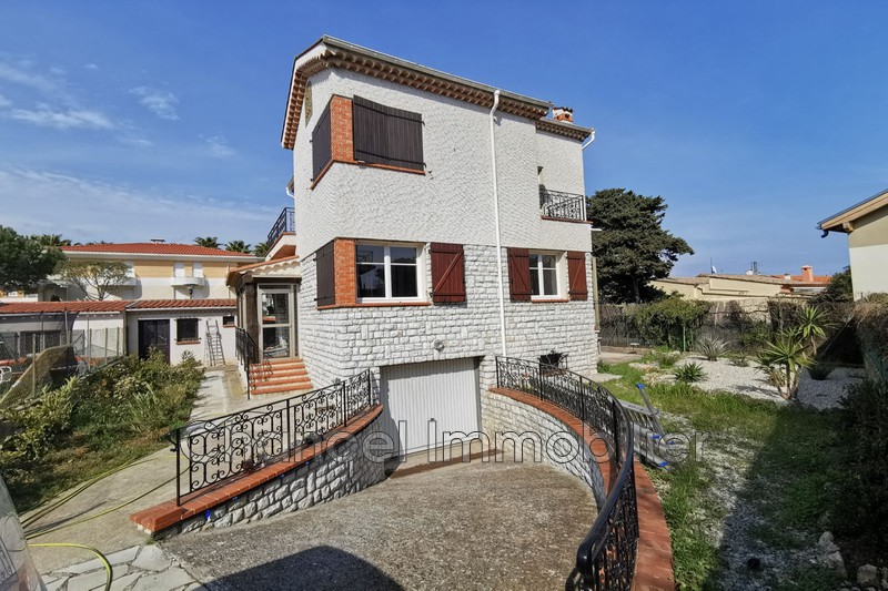 Photo Villa Antibes Val claret,   to buy villa  3 bedroom   105 m²