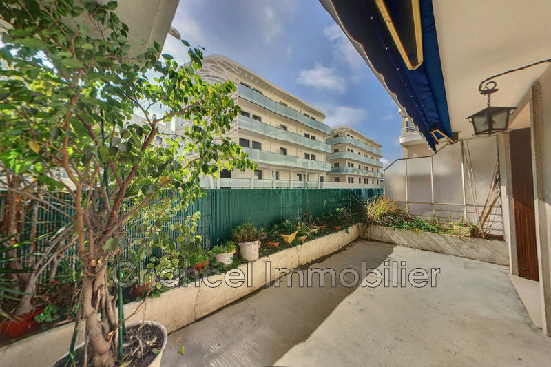 Photo Apartment Antibes Centre-ville,   to buy apartment  3 rooms   57 m²
