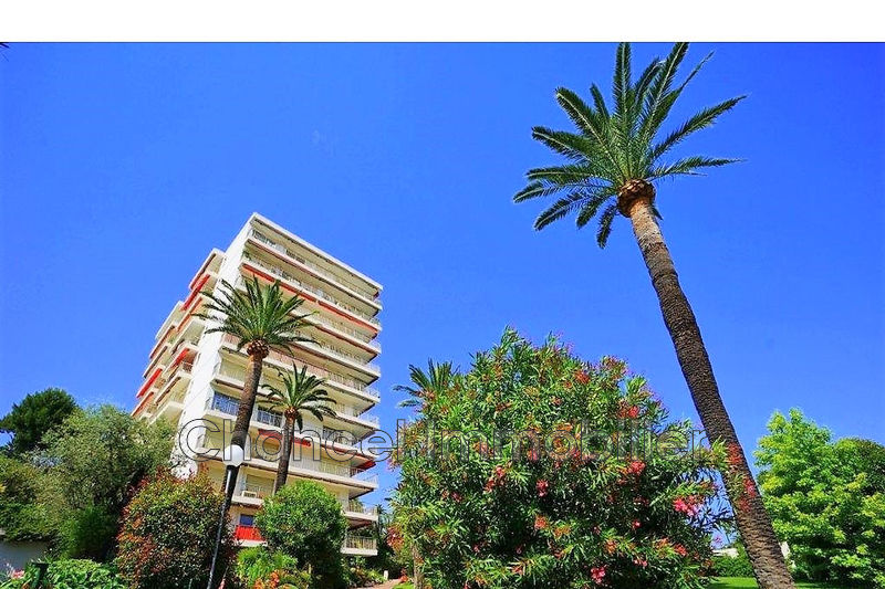 Photo Apartment Antibes Le puy,   to buy apartment  3 rooms   89 m²