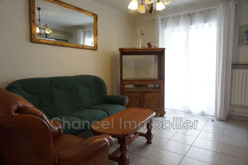 Photo Appartement Antibes Centre ville,   achat appartement  3 pièces   58 m²
