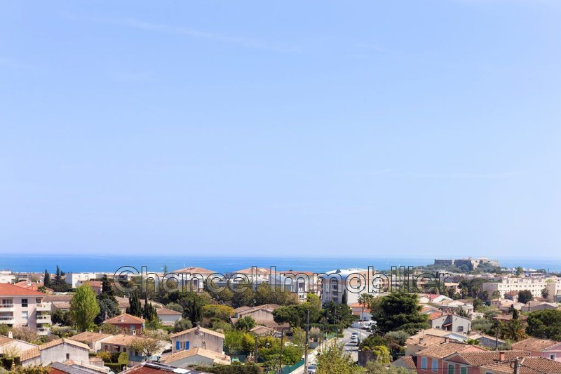 appartement  4 rooms  Antibes   110 m² -