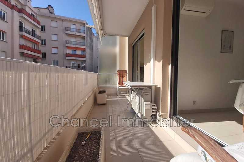Photo Appartement Antibes Centre ville,   achat appartement  3 pièces   74 m²
