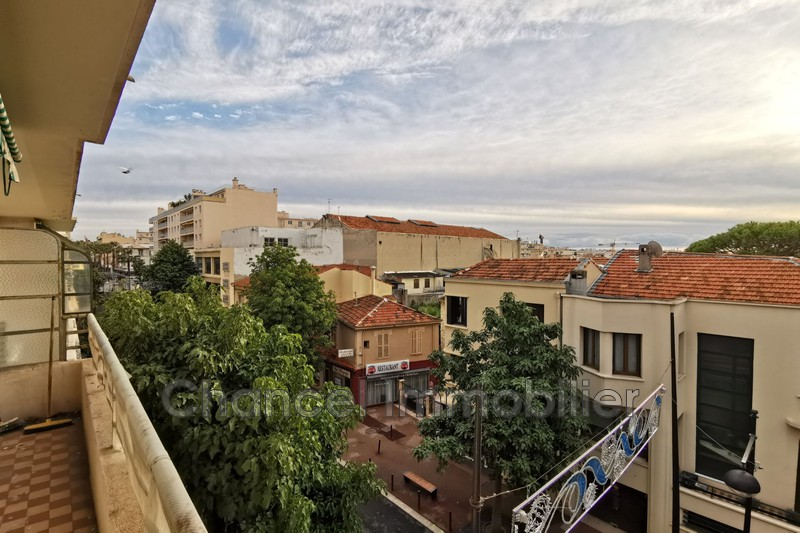 Photo Apartment Antibes Centre ville,   to buy apartment  3 rooms   75 m²