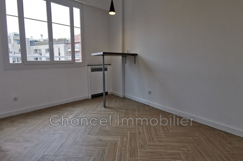 appartement  1 room  Juan-les-Pins Gare  23 m² -