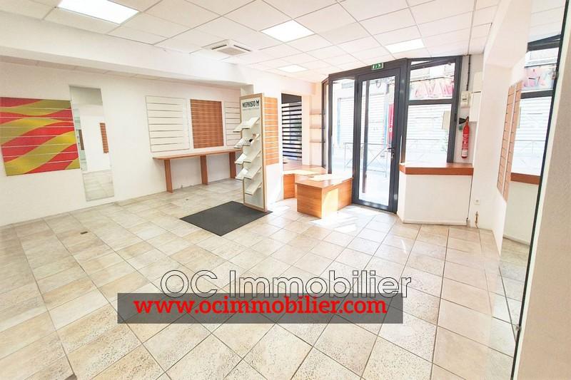Photo Local professionnel Elne Centre-ville,  Professionnel local professionnel   88m²