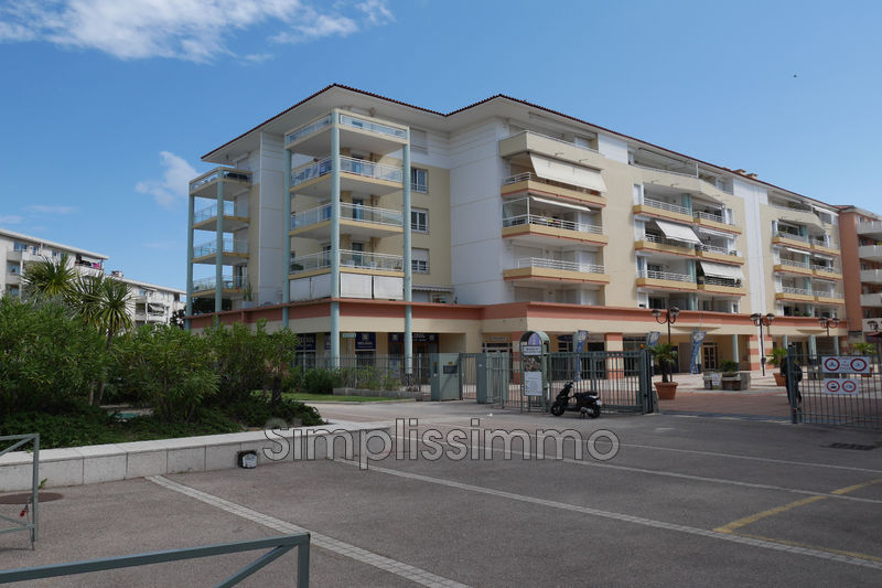appartement  2 rooms  Juan-les-Pins Close ti the beaches  43 m² -