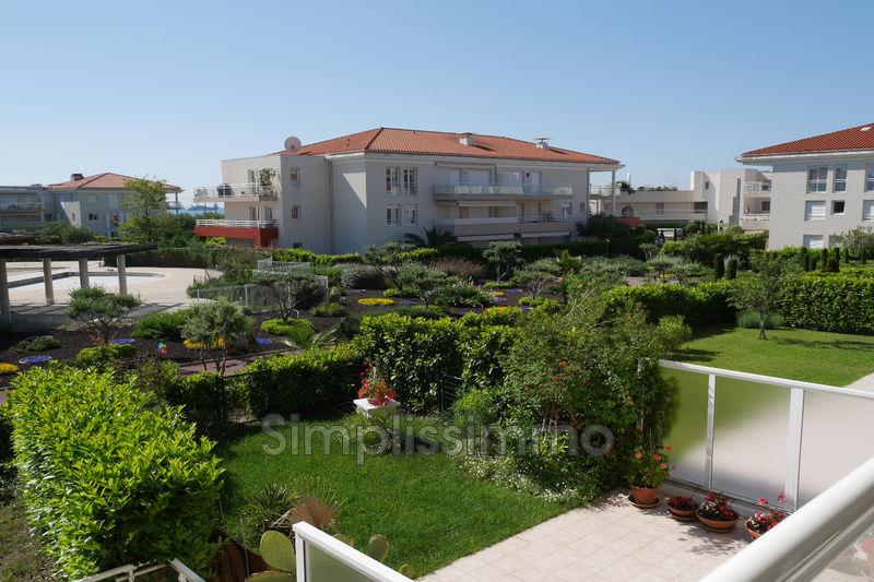 appartement  4 rooms  Juan-les-Pins Close ti the beaches  8m² -